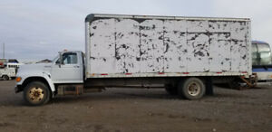 1999 Ford F-800 For Sale $6995