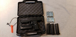 Tippmann TPX, Extra Magazines and CO2 Canisters