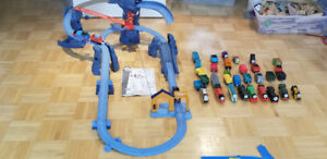 Thomas the Train - Trackmaster avec trains, rails et plans