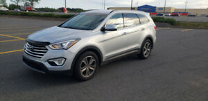 2013 Hyundai Santa Fe Premium  SUV XL 7 Seater All Wheel Drive!