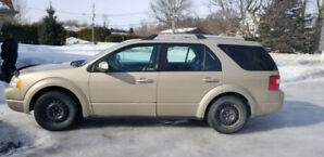 07 Ford freestyle SE AWD