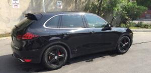 2012 Porsche Cayenne S AWD 4dr S $33,900