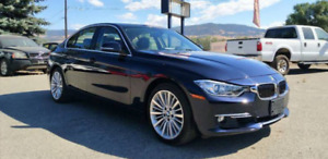 BMW 328i xDrive(AWD) in excellent condition! Low KMs!