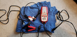 Honda Optimate 3+ 12 volt Motorcycle Battery Charger