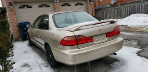 GOLD HONDA ACCORD 2000 LX FOR SALE