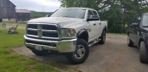 2013 Dodge Ram 2500 low kms