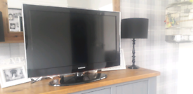 """32""""Samsung tv,free view built in, with stand and remote"""