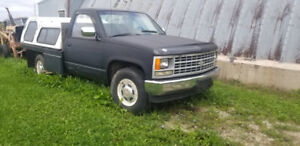1989 Chev 2500. 454 big block