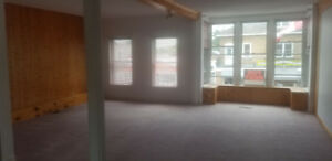 2 Bedroom Apartment Downtown Lancaster