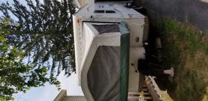Roulotte hybride 19 pieds avec lits Queen douche chauffage