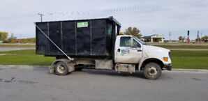 """2001 Ford F650 Hook Truck with 36"""" Stellar Hook lIft"""