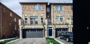 3 BED+3 WASHROOM TOWNHOUSE FOR SALE IN MARKHAM