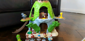 Jake the Pirate Hide out toy bundle