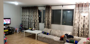 4 1/2 Bright Spacious apartment on Saint Jean for lease takeover