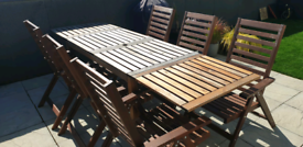 Extending Garden table and chairs