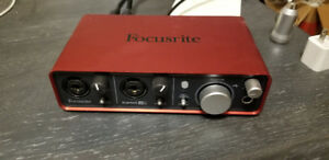 Focusrite Scarlet 2i2 (1st Gen) USB Interface