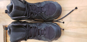 Columbia winter boots size 8 mens