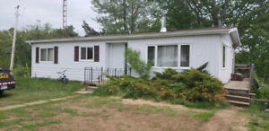 Lakefront house/cottage!!