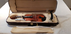 Intermediate Violin, Excellent Condition