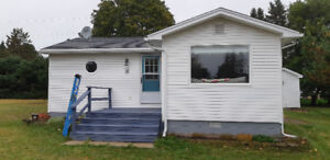 2 bedroom cottage 4 rent during winter$1000