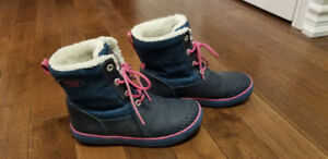 Girl Winter Boots size 4 size 5