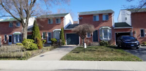3 Bedroom townhouse for lease near Linc and Upper Gage