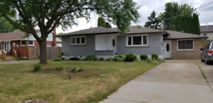 5 BEDROOM BUNGALOW ** WITH SPACIOUS IN - LAW SUITE**