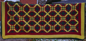 Quilt Hand Made  Canada  Queen size Fabulous Pattern