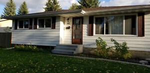 Centrally located Bungalow in St. Albert (water included)