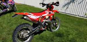 Bullet | New & Used Motorcycles for Sale in Canada from Dealers