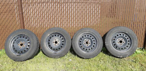 Pneus d'hiver Continental Extreme Winter Contact 185/65 R15