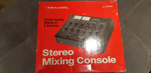 REALISTIC Stereo Audio Mixer Model 32-1200C Studio Quality