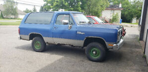 Dodge ramcharger 4x4