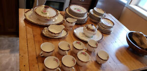 antique/vintage dinnerware set