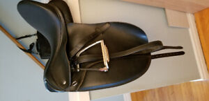 Thorowgood Dressage Saddle For Sale!!