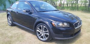 low km B.C. car 2007 volvo c30