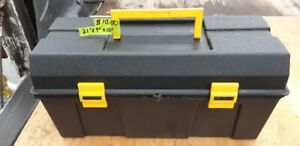 PLASTIC TOOL BOX- GOOD CONDITION INCL. LIFT OUT TRAY & CONTENTS
