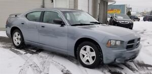 Dodge Charger 4dr Sdn RWD 2007
