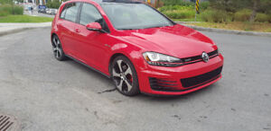 VOLKSWAGEN GOLF GTI (TOUT EQUIPÉ, FULL OPTION )
