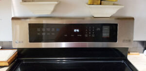 LG LRE 4213 ST  RANGE PRO BAKE SELF CLEAN CONVECTION