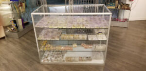 Glass showcase and store fixures/store closing