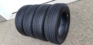 215/60R/16 MICHELIN X ICE IN EXCELLENT CONDITION