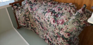 Bedding: Twin Size