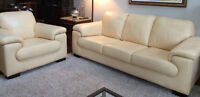 Stunning Leather Natuzzi Sofa & Chair