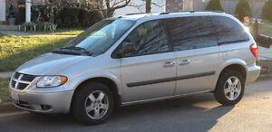 2000 Dodge Grand Caravan Minivan, Van