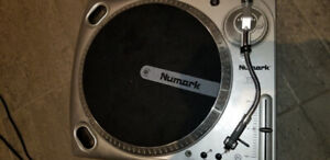 Numark TTUSB Turntable Record Player