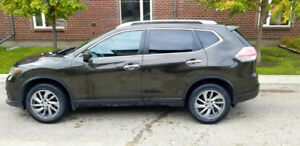 2014 Nissan Rogue SL - Fully loaded-Private Sale