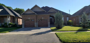 Single Detached Home For Rent in Simcoe Available for December