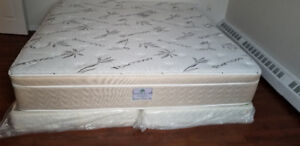 Selling Used King Mattress with 2 wooden bed boxes