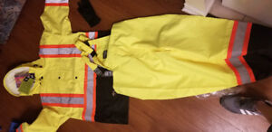 Forcefield rain gear / HI VIS Jacket and overalls brand new